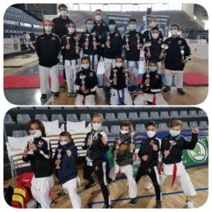 Diecinueve medallas para los karatecas del Shotokan Tora