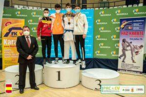 Rubén Molina gana la medalla de oro en la I fase de la Liga Nacional de Kárate 2021