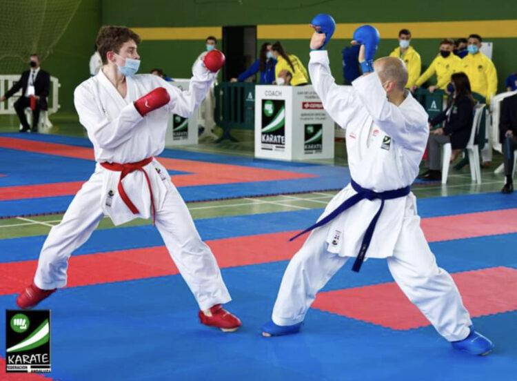 Alejandro López, estudiante de la UPO, medalla de plata en el Campeonato de Andalucía de Karate