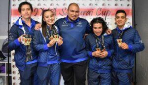 Selección salvadoreña de Karate cosechó 10 medallas en competencia internacional