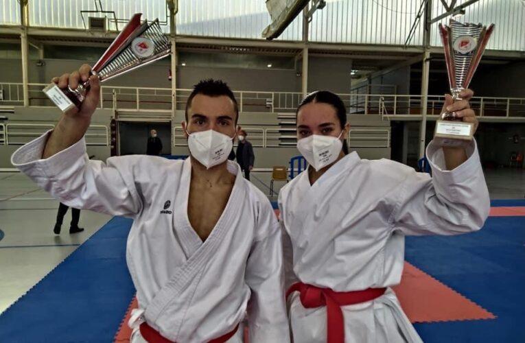 Daniella Sánchez oro, Kike Nieto plata en el Regional de kárate 0 (0)