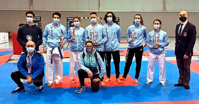 Nueve medallas del Club Fujisan
