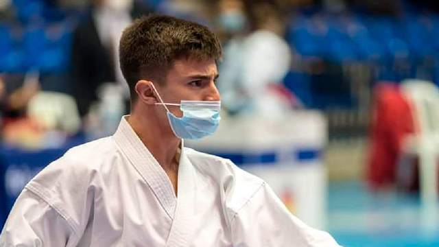 Alejandro Galán, con la selección española de kárate 5 (1)