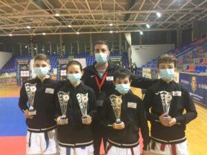 El karate abulense manda en el Regional