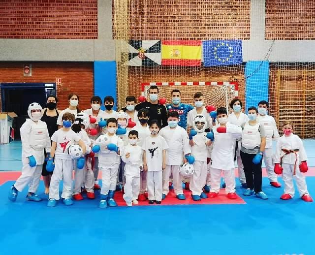 Los karatecas ceutíes se preparan para las próximas citas nacionales