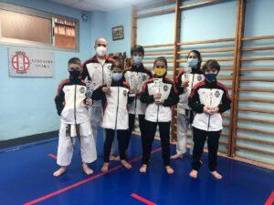 Brillante actuación de los clubes salmantinos en el Campeonato de Castilla y León Infantil de karate