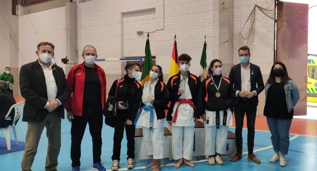 El Club de Karate Jaraíz consigue tres medallas en el Campeonato de Extremadura