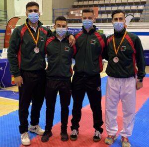 El karate azkoitiarra trae medallas del Campeonato de España