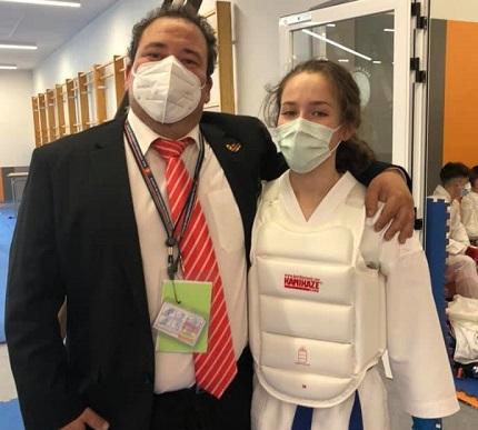 Oro para Cristina Rivas y plata para Isaac Molina en el Campeonato de España de Karate 0 (0)