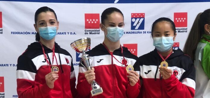 Carla Riestra se clasifica para el Nacional por equipos de kárate 0 (0)
