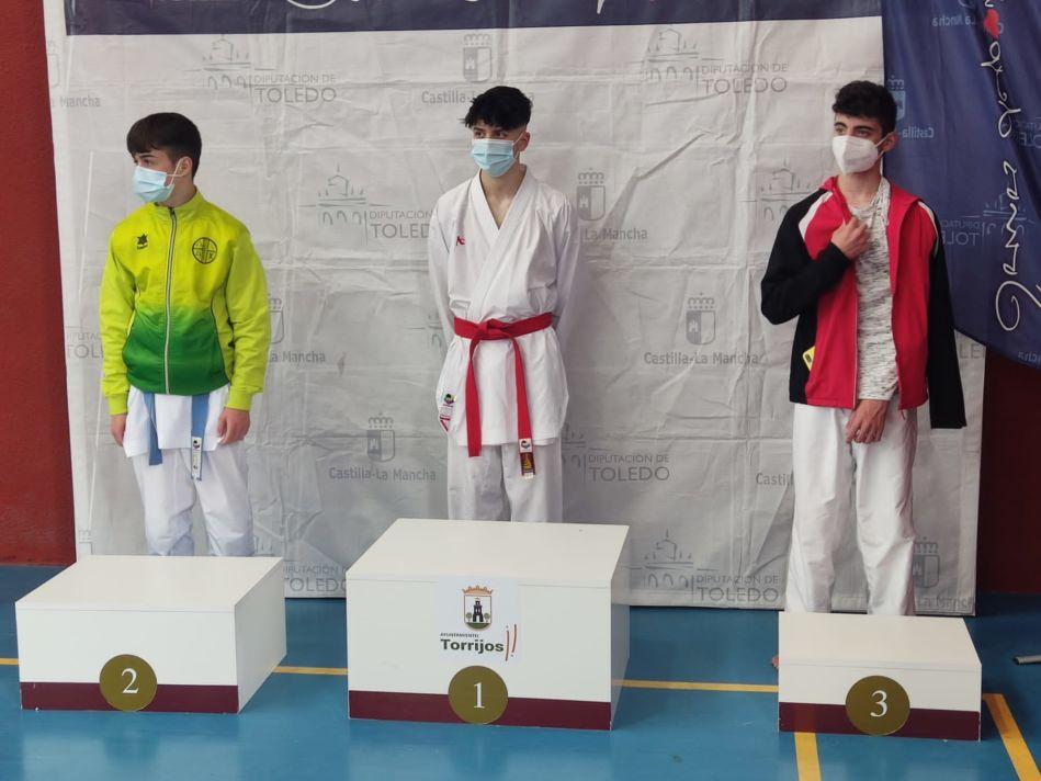 Hugo González Moral, campeón regional júnior de karate