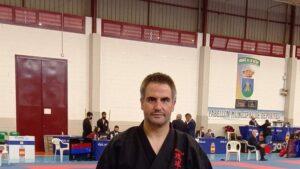 Andrés López, del Club Tode de Arriondas, doble medallista en el Nacional de Karate