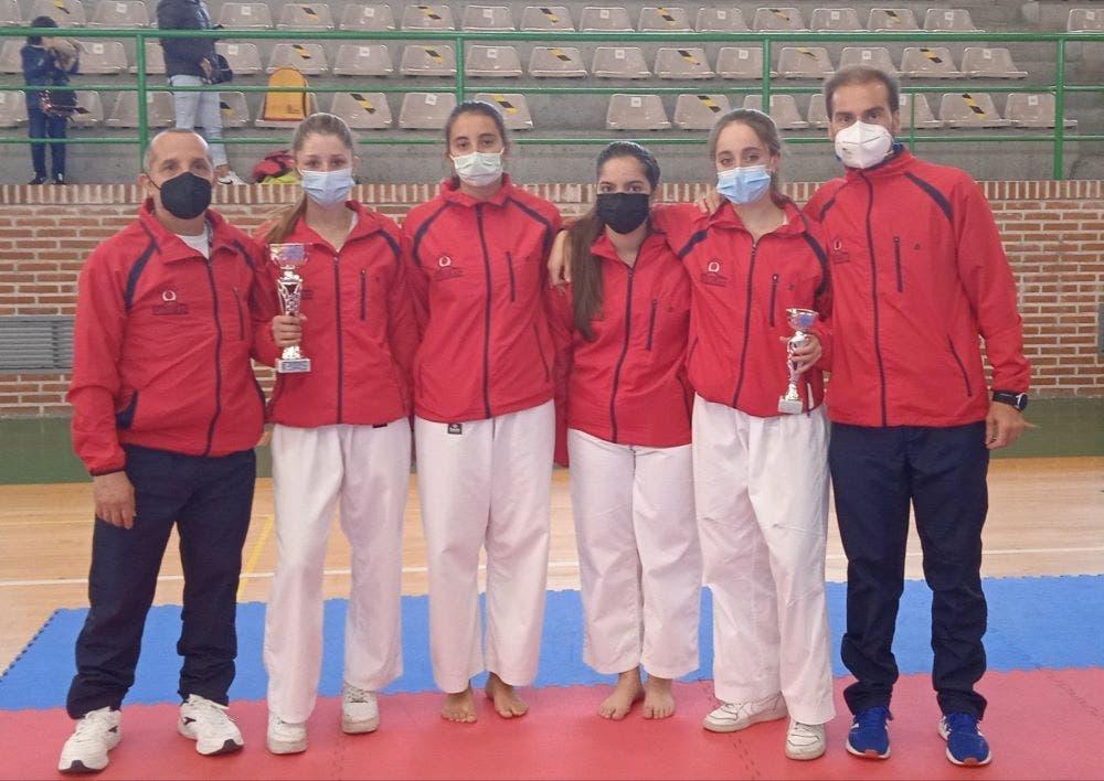 Oro para Alba Husillos en el regional de kárate en Astorga