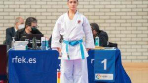 Paola García busca el campeonato de Extremadura en Llerena